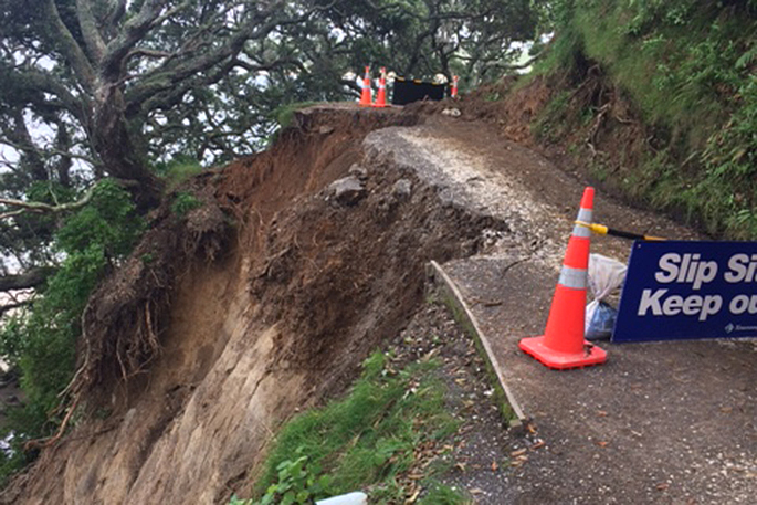 Flooding, landslides & power outages: Cyclone Cook wreaks havoc in NZ (PHOTOS, VIDEOS)