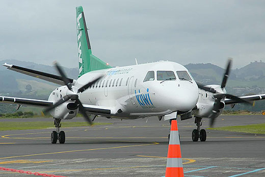 SunLive - Future pilot welcomes Kiwi Air - The Bay's News ...
