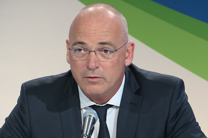 Fonterra defends CEO's $8.3m pay packet