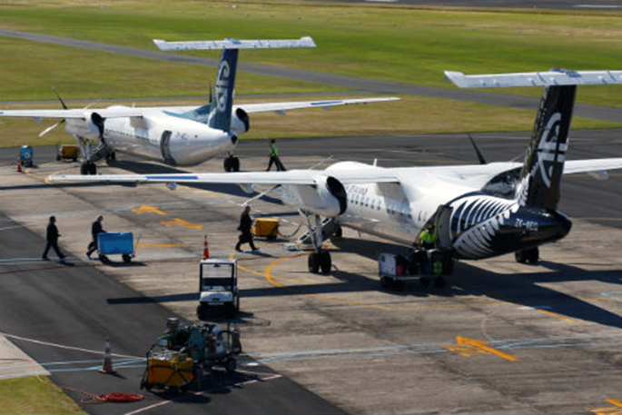 Unscheduled landing for Air NZ flight