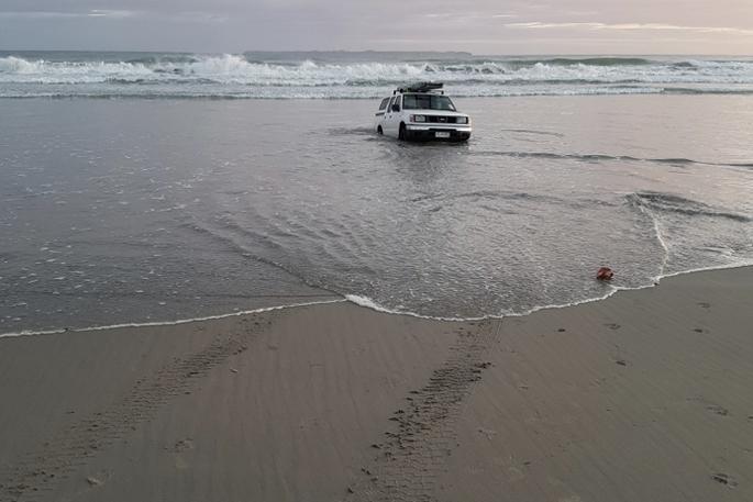 SunLive - Stolen car stuck on Papamoa beach - The Bay's News