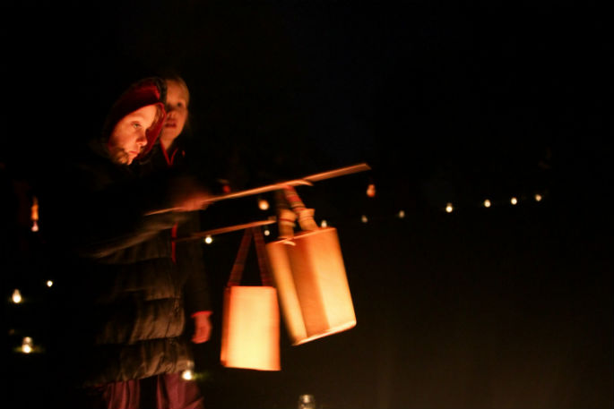SunLive - Lanterns to light up night in Welcome Bay tonight - The Bay's News First