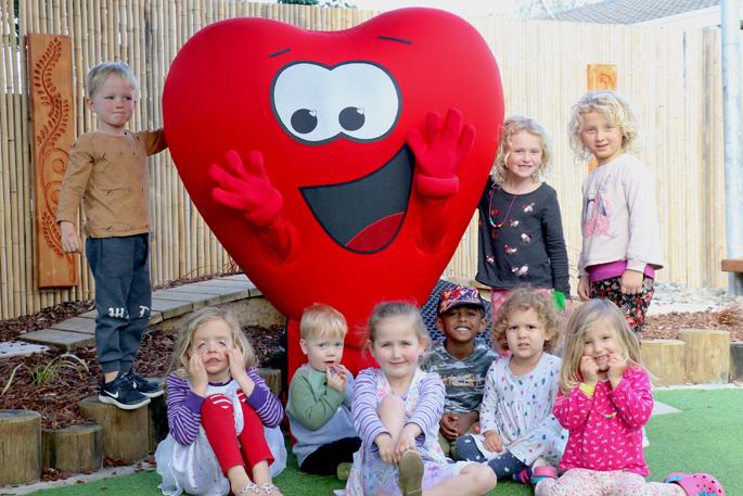 Montessori Otumoetai receives healthy heart award