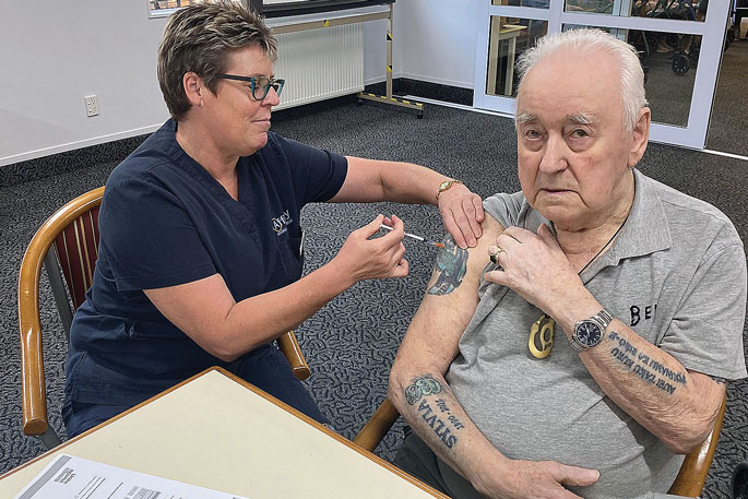 Rest home residents receive Covid-19 vaccine
