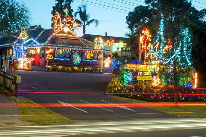Christmas City Vet.Sunlive Christmas Spirit Glowing Across Tauranga The
